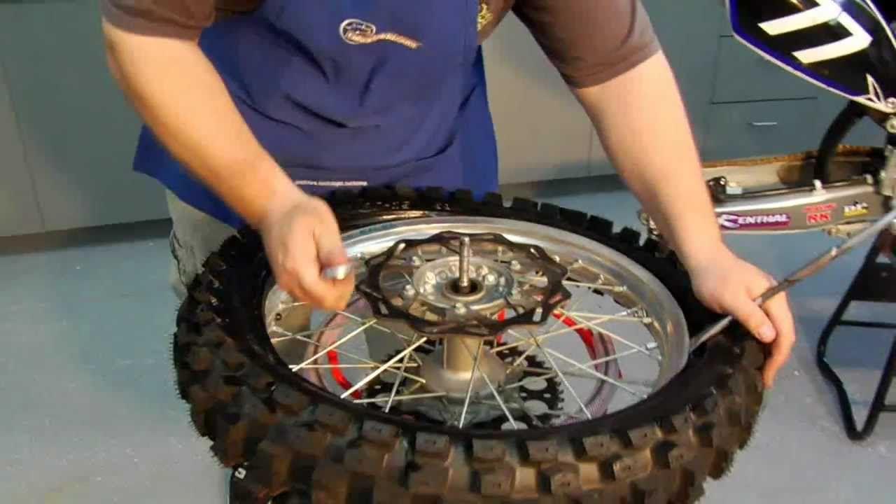 Dirt Bike Rear Tire And Tube Changing Dirt Bike Dirt Bike Tires Tire Change