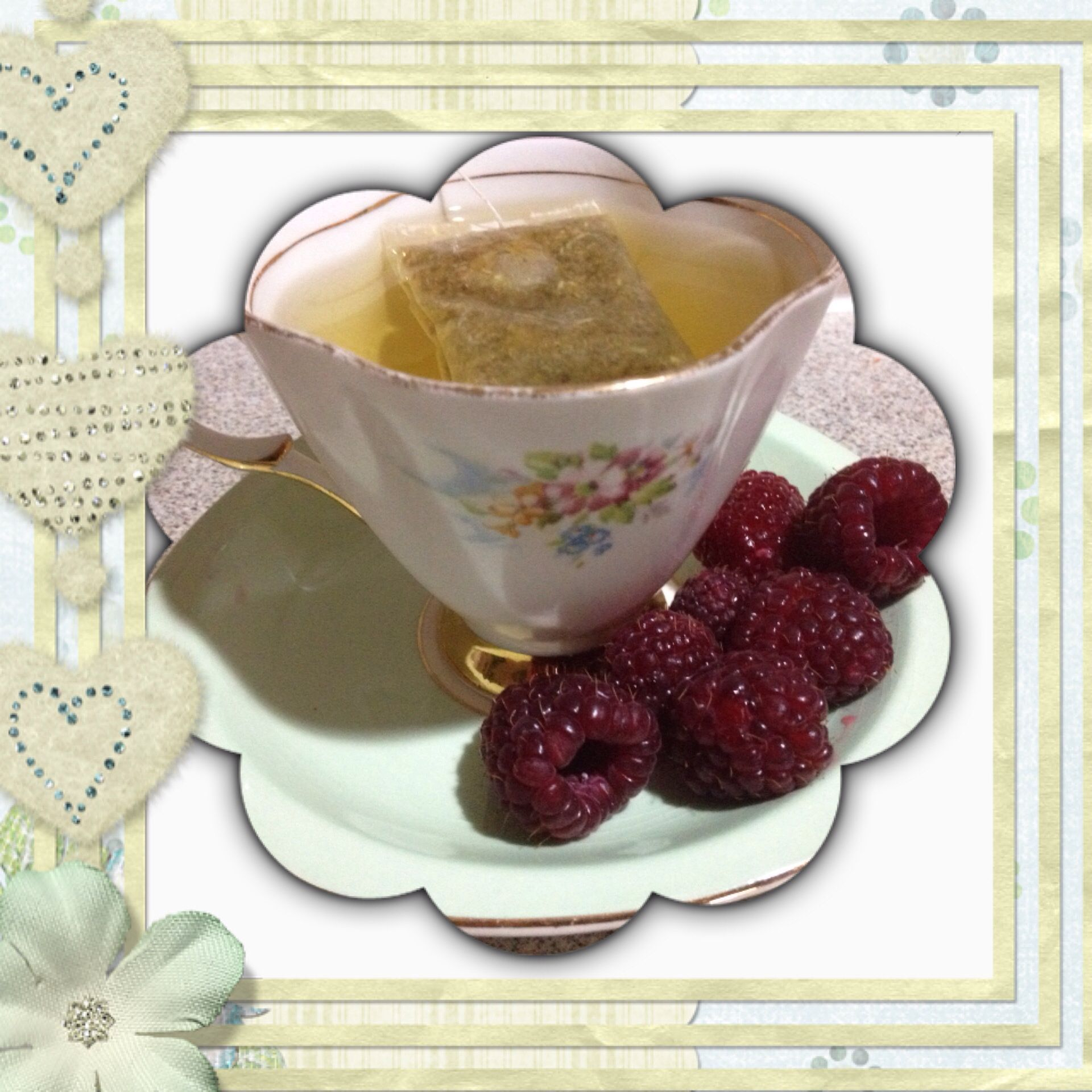 #Camomile #Tea fresh #Raspberries Bone #WindsorChina #ChinaTeaCup all makes for a beautiful evening cuppa and peaceful sleep #HealthyLiving