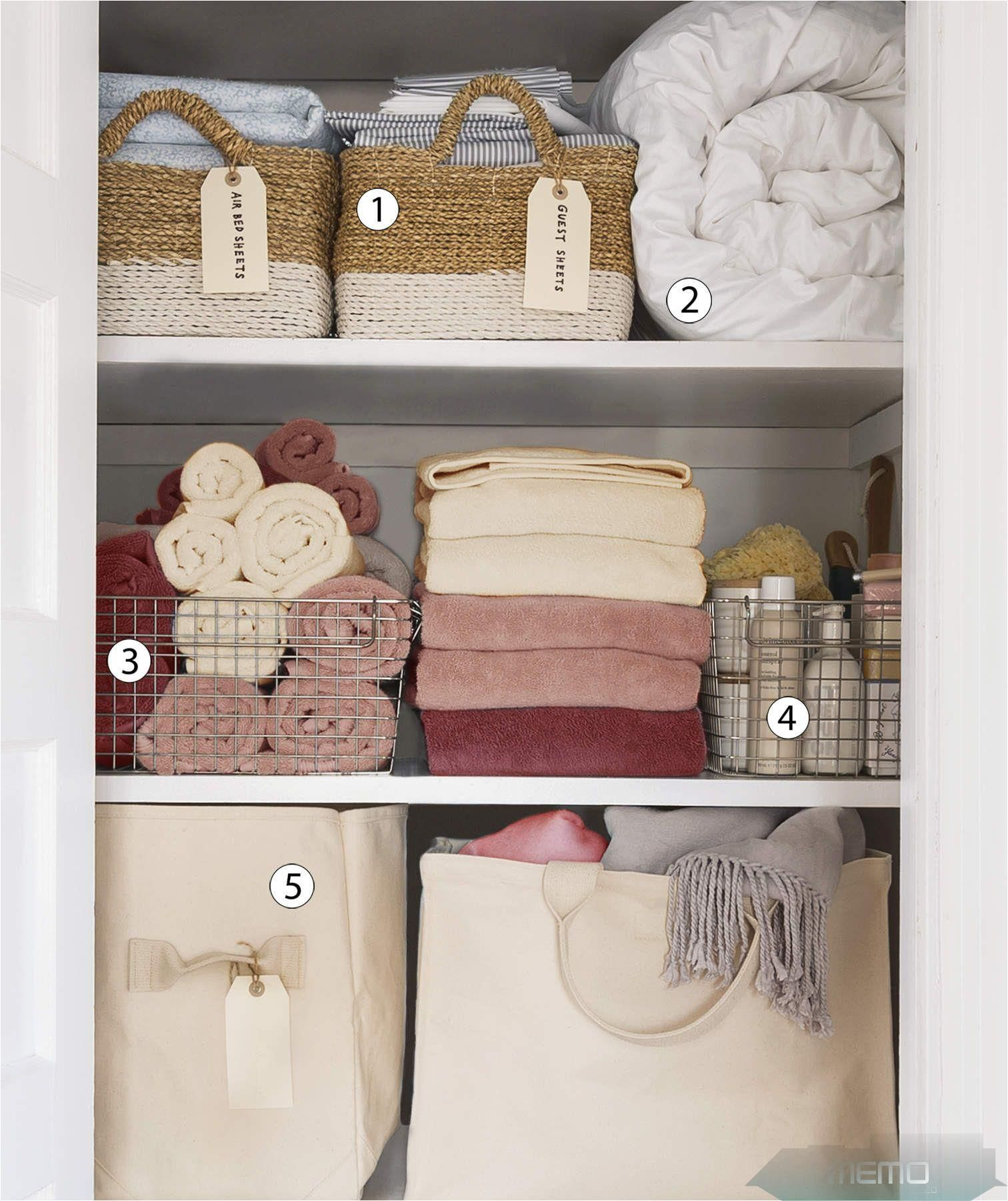 Jul 21 2017 Few Things Are As Satisfying As A Neat Linen Closet Right Pro Organ In 2020 Wascheschrank Organisation Kleiderschrankordnung Selbstgemachter Schrank