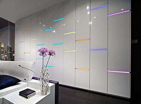 Schrank Skyline | Mit integrierter Beleuchtung in verschiedenen ... | {Küchenschrank modern mit glas 14}