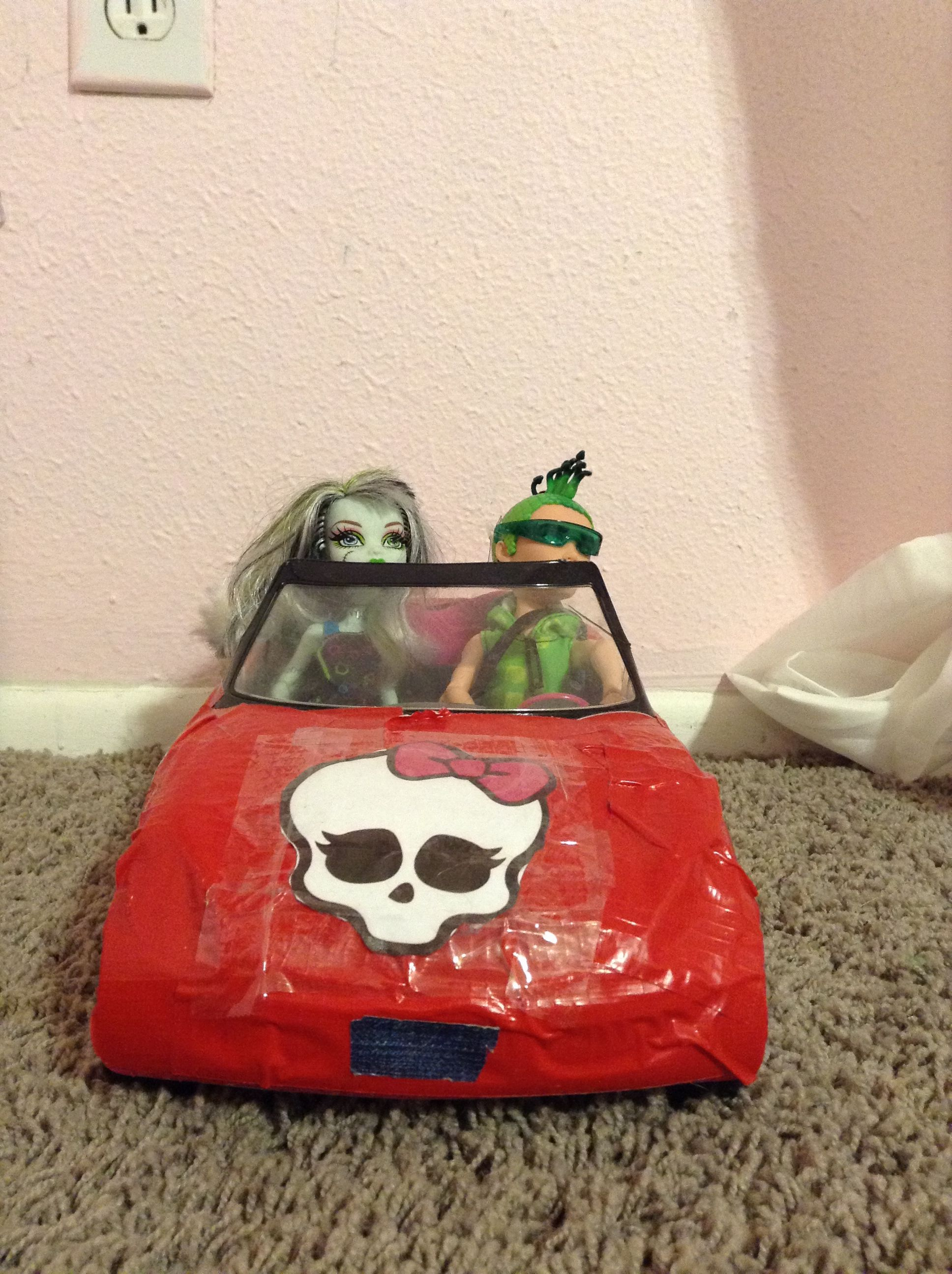 Monster high car home made I made it and I love it!!!!!!!!!!!