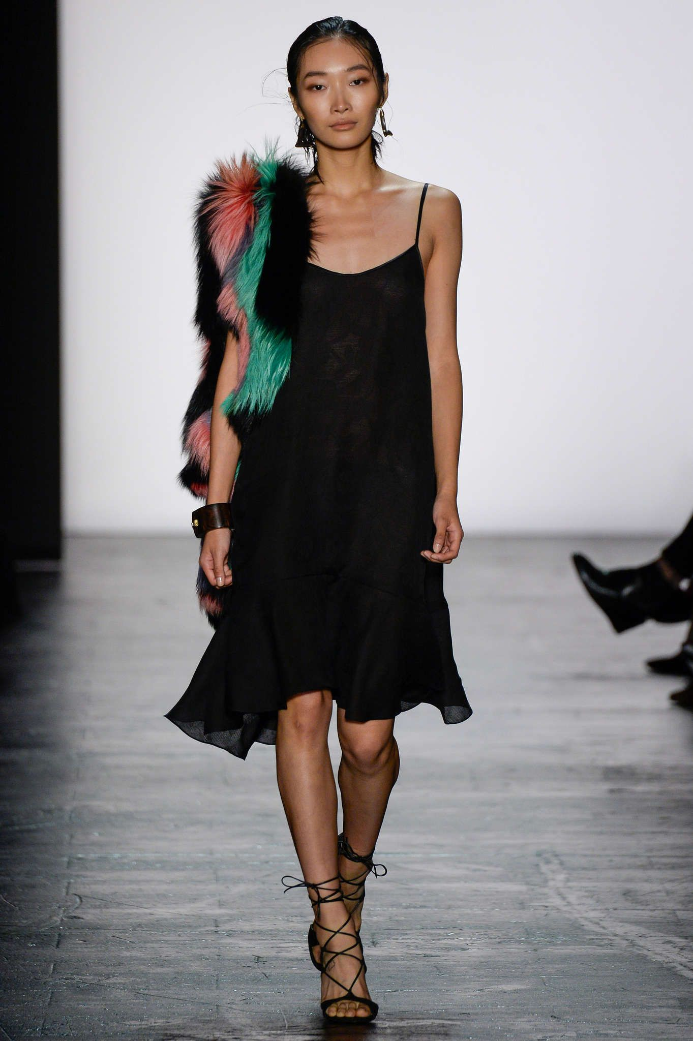the coloured fur brings some 20's chic to this LBD