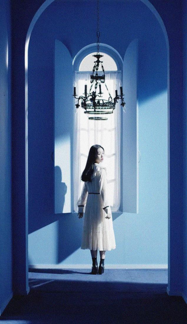 Loona Wallpapers Tumblr Gowon Loona Kpop Wallpaper Blue Aesthetic