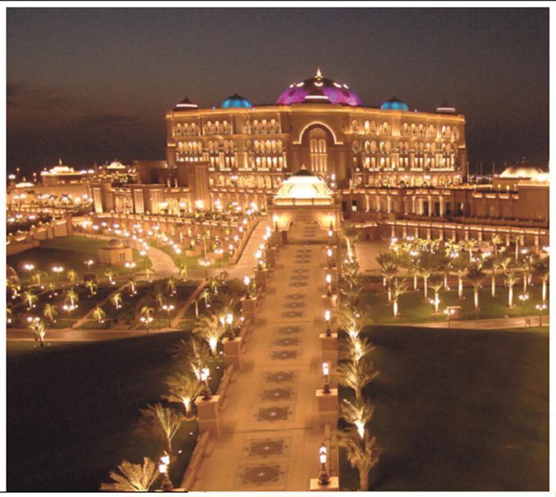 Pin Ot Polzovatelya Susan Folsom Na Doske Dubai Uae Abu Dabi Dubaj Ogromnye Doma