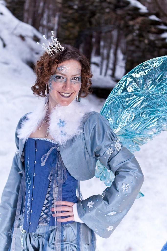 Diy fairy costume diy snow fairy jacket diy halloween diy diy fairy costume diy snow fairy jacket diy halloween diy costumes kellie solutioingenieria Images