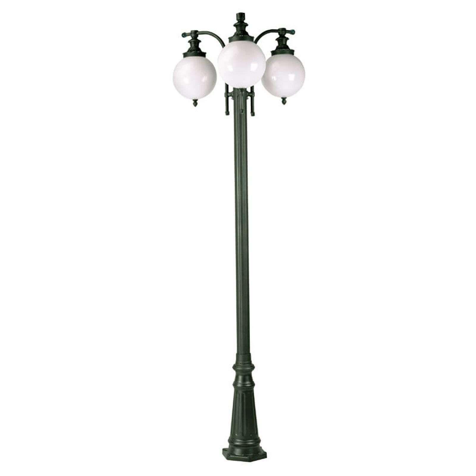 Lampadaire Madeira A 3 Lampes Vert Fonce En 2020 Lampadaire Lampadaire Exterieur Design Et Lampe Verte