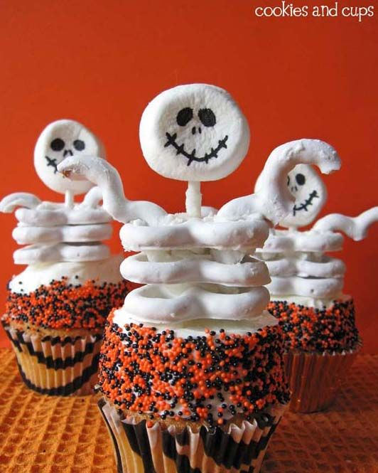 31 Fun (and Delicious!) Halloween Snacks for Kids White chocolate - halloween baked goods ideas