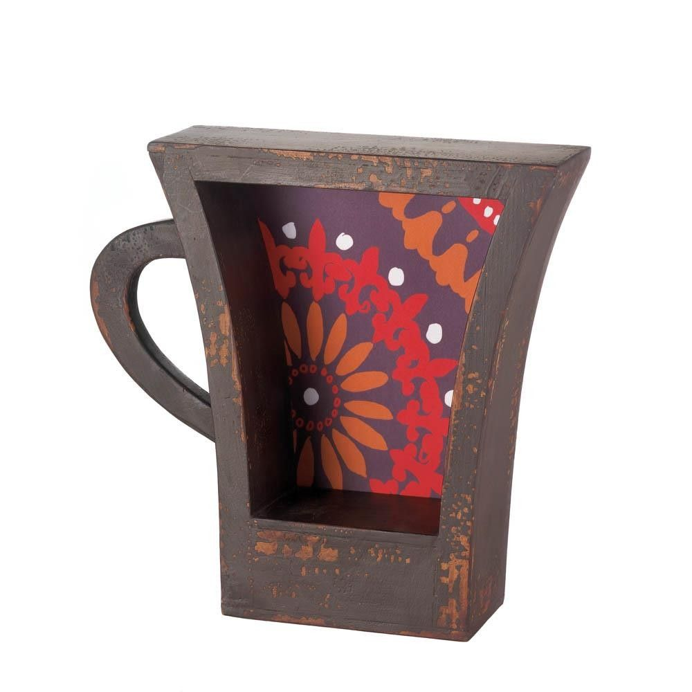 This coffee cup design would be perfect for my kitchen! It would be fun to put some other decorations inside the cup, as well. I'll have to keep looking for more.