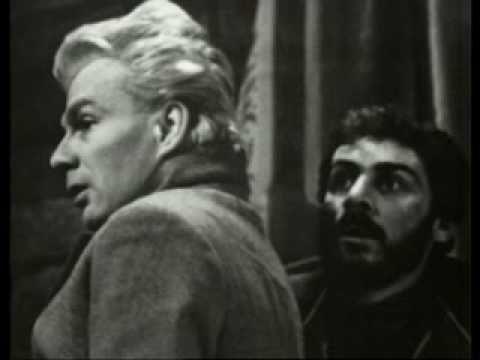 GIAN MARIA VOLONTE' E GIORGIO ALBERTAZZI NE L'IDIOTA (1959) DI G. VACCARI