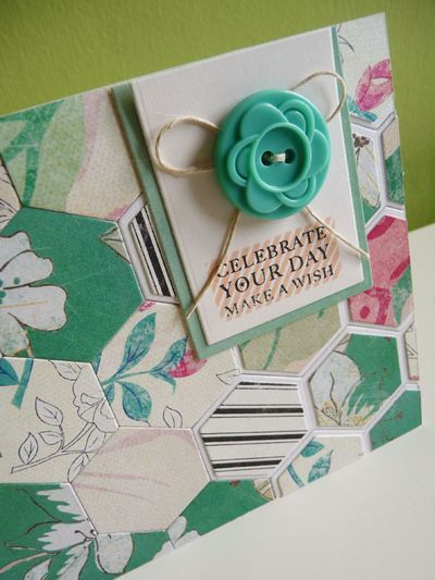 Using Up Hexagon Scraps To Make A Little Notelet Card With