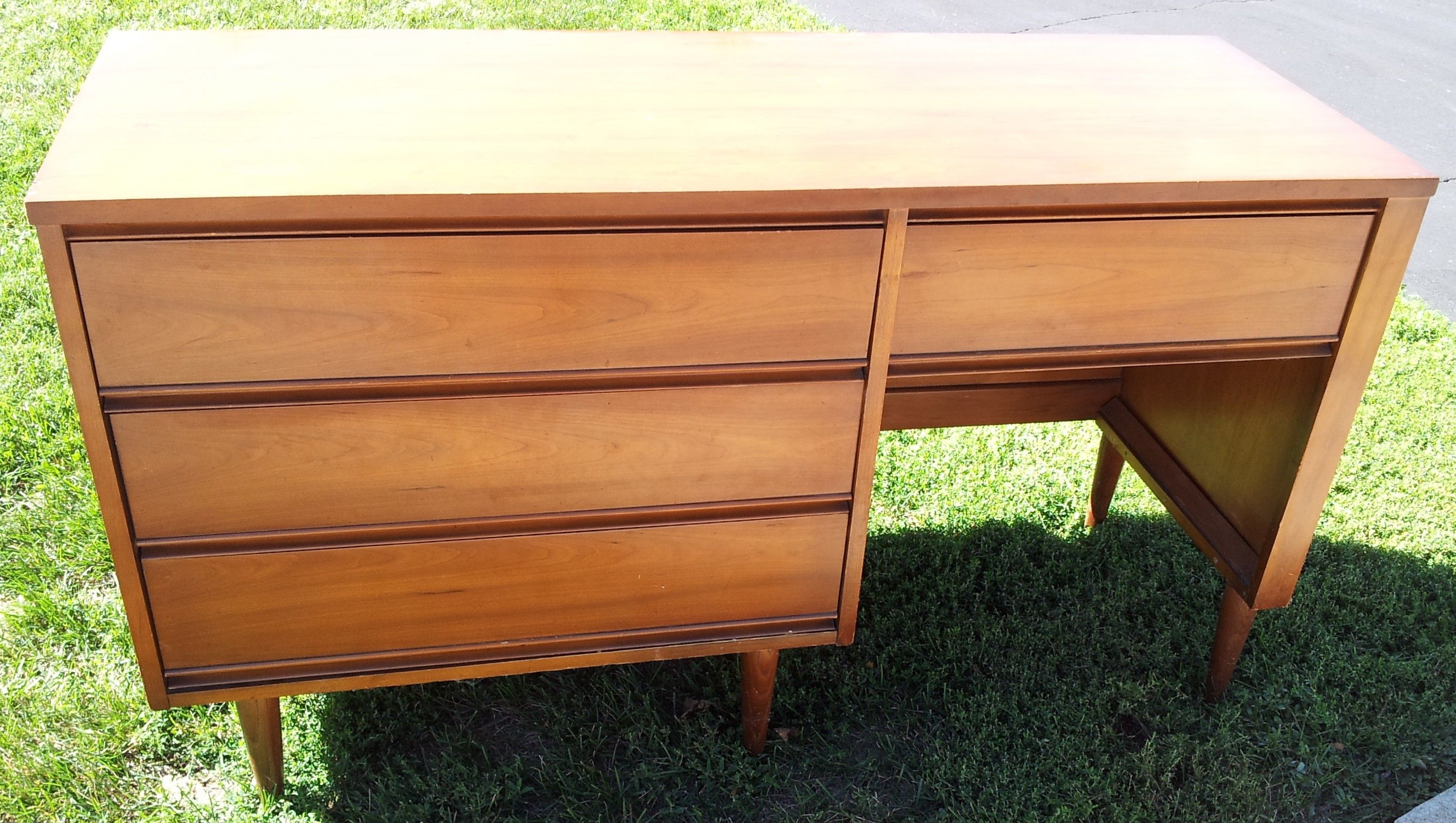 Mid Century Dresser / Credenza / Desk $350 - Chicago  http://furnishly.com/catalog/product/view/id/1411/s/mid-century-dresser-credenza-desk/