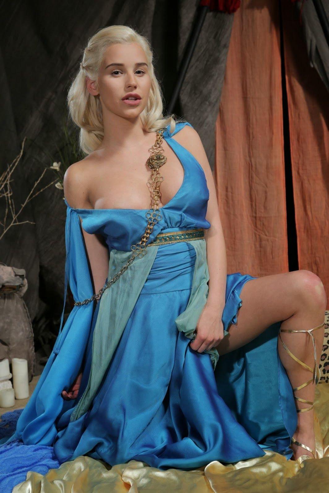 Daenerys fire game of thrones targaryen