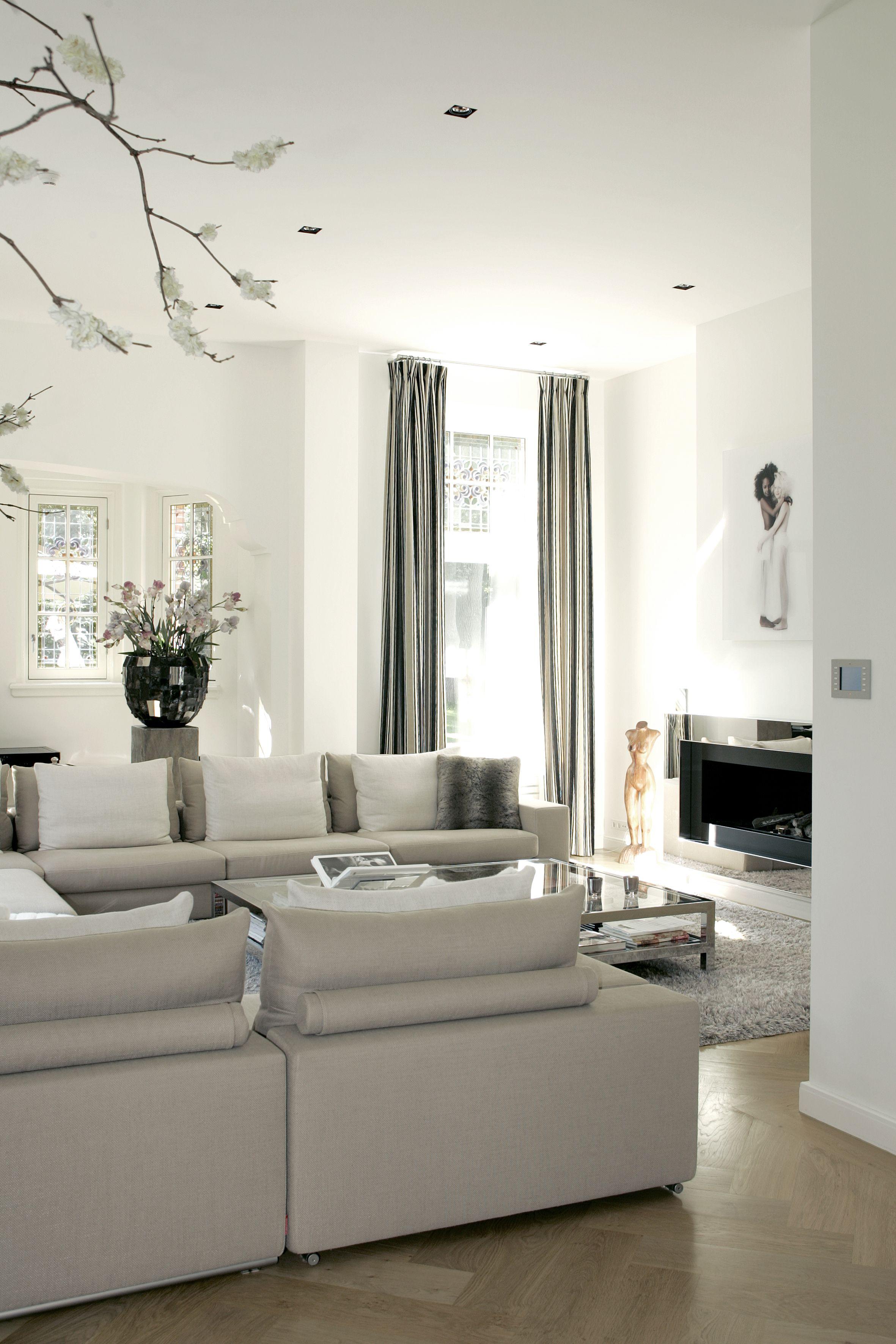 Modern klassiek interieur van Marcel #Wolterinck. Stijlvol met stof ...