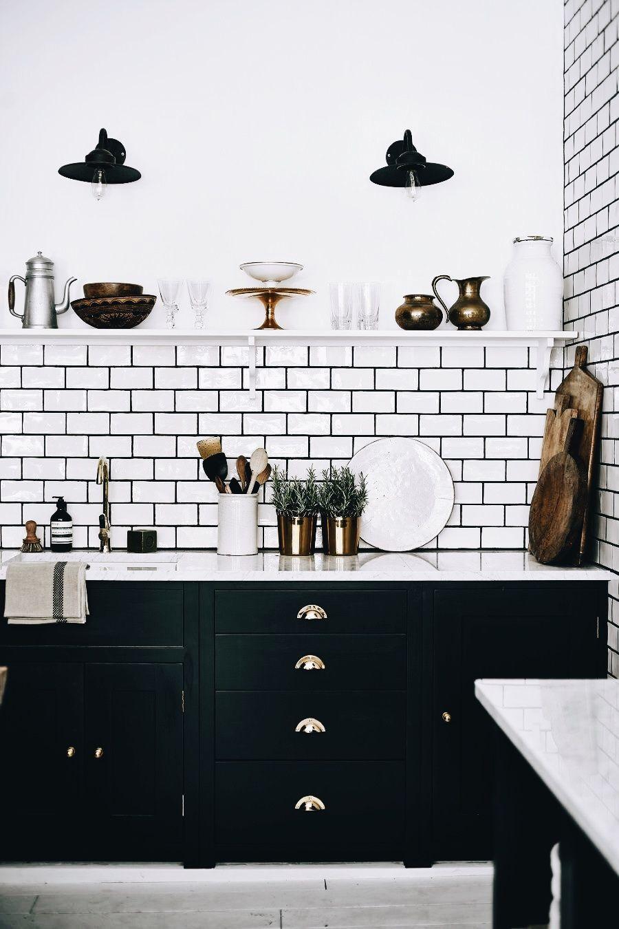 Pin By Folaa Oseni On Interior Kitchen Design Kitchen Trends Interior Design Kitchen