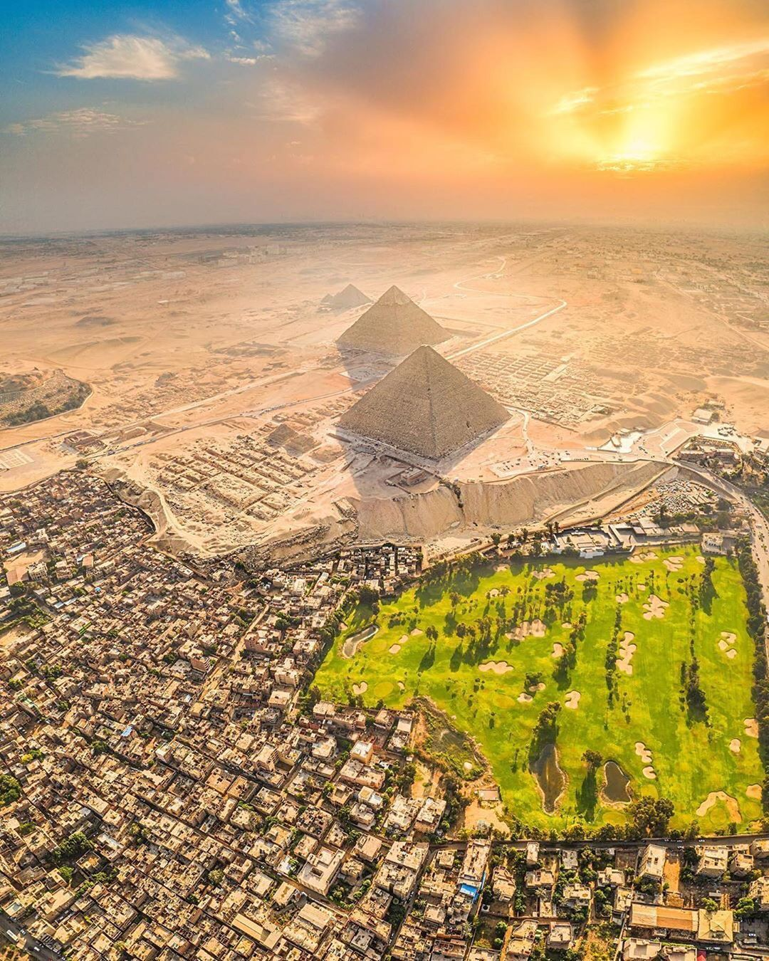 A Different And Unique View Of Cairo Egypt Great Pyramid Of Giza Pyramids Of Giza Egypt