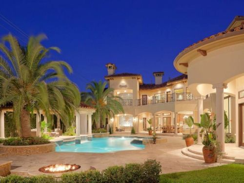 Estate of the day 5 9 million resort inspired mansion in for Beautiful homes in houston