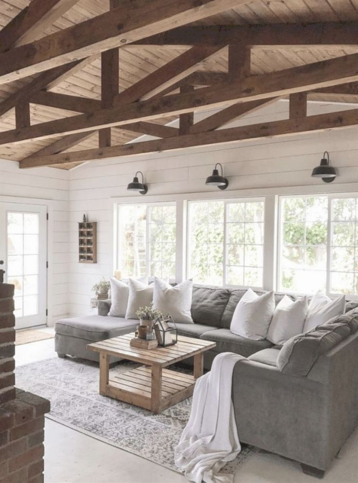 Amazing Farmhouse Living Room Makeover To Display Artwork Above Eye Level 01 images
