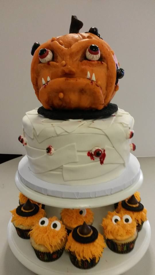 Halloween cake Lynn\u0027s Creative Cakes LLC Pinterest Halloween - halloween cake decorating pictures