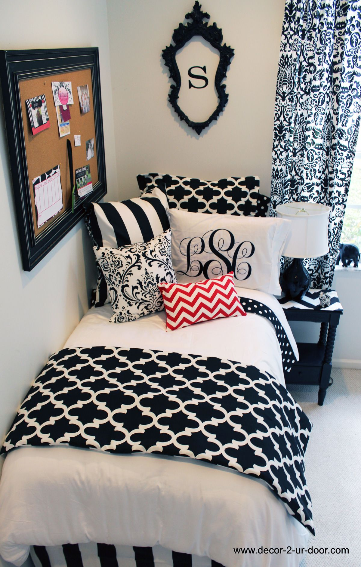 Black Bed In A Bag Set With Pop Of Red In 2019 Dorm Room