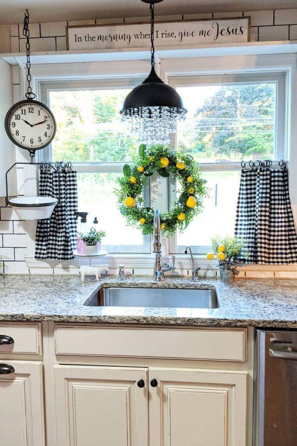 Beautiful Farmhouse Kitchen Curtains Decor Ideas 14