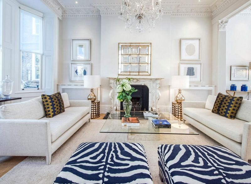 20 appealing living rooms with gold and navy accents with