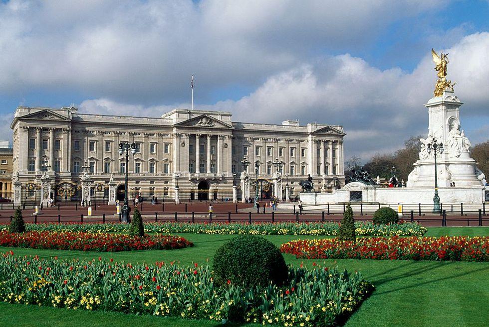 Virtual Tours: Buckingham Palace, Mt. Vernon, Monticello