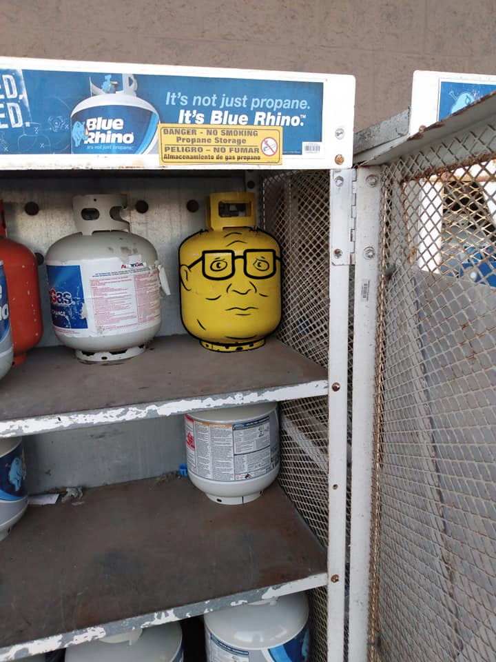 This Propane Tank Painted Like Hank Hill S Lego Head Funny Pictures Lego Head Propane