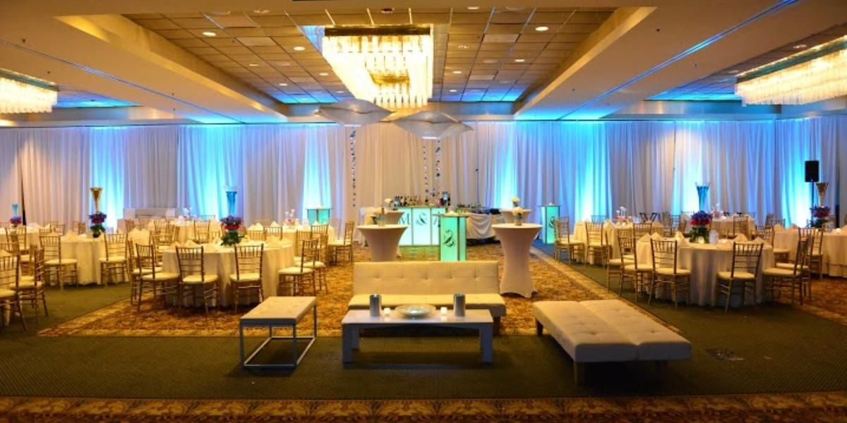 Sheraton Lisle Hotel Weddings Price Out And Compare Wedding Costs For Ceremony Reception Venues In Il