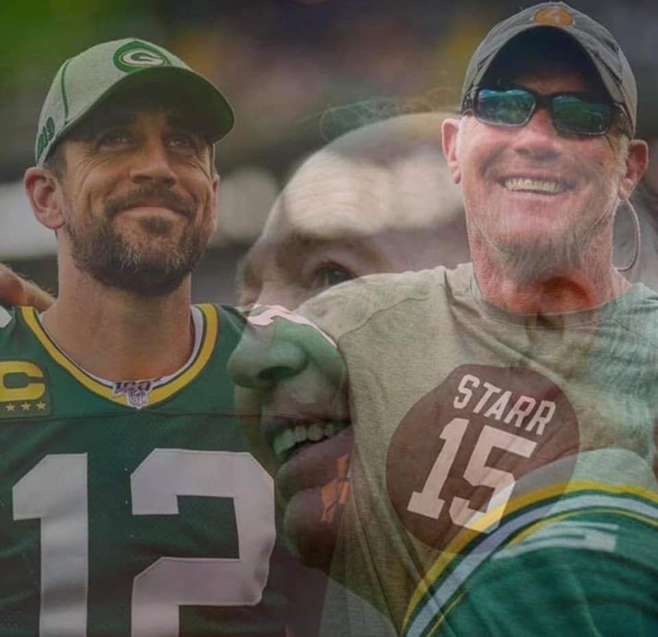 Aaron Rodgers And Brett Favre Are Two Great Green Bay Packer Football Players Although They Did Green Bay Packers Football Green Bay Packers Packers Football