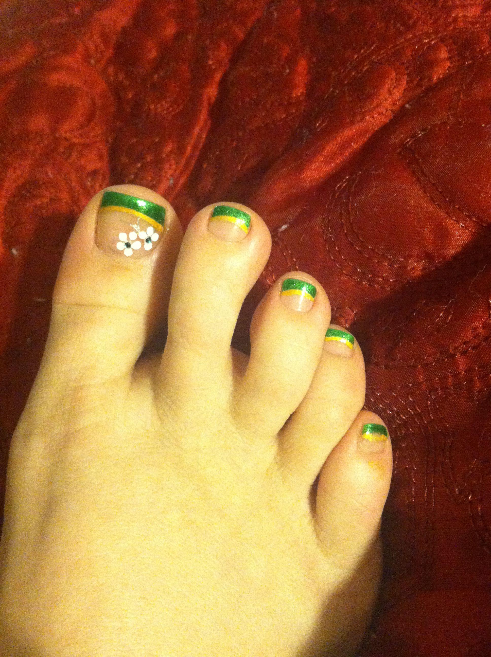 Pedicure, St Patrick\'s day, green and gold, irish, wishes pedicurist ...