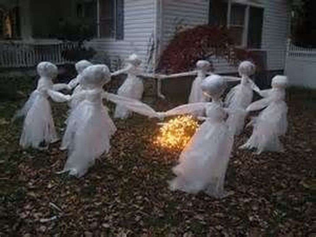 65 Scary Front Yard Halloween Decoration Ideas Pinterest Front - Halloween Yard Decorations Ideas