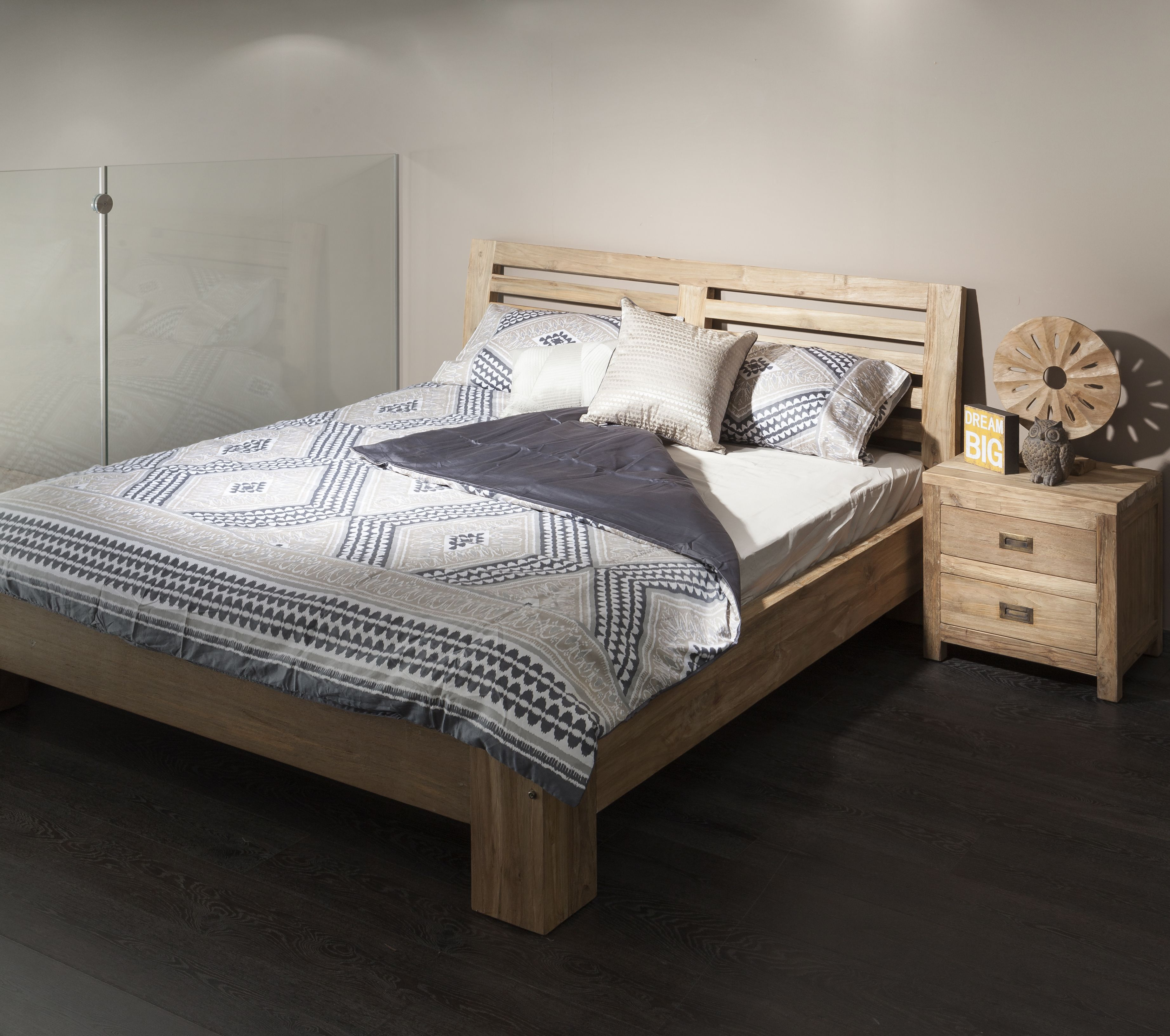 חדרי שינה מעץ מלא בסגנון כפרי Furniture, Reclaimed wood