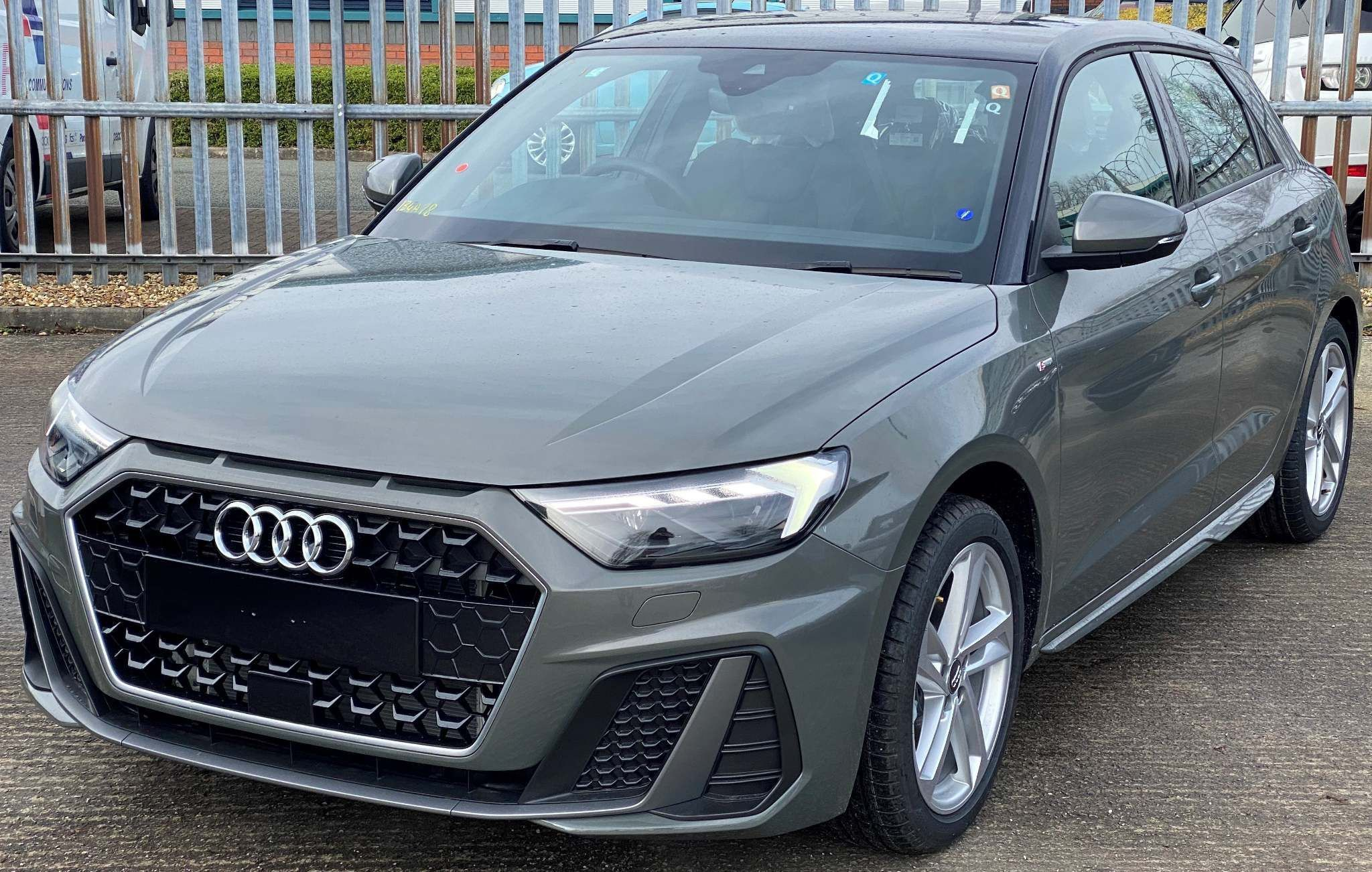 Audi A1 1 0 Tfsi 30 S Line Sportback S S 5dr In 2020 Audi A1