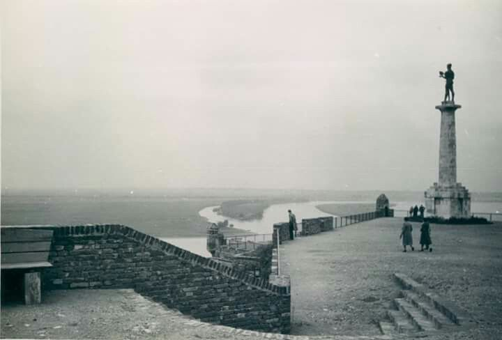 the Victory terrace in early 1930's