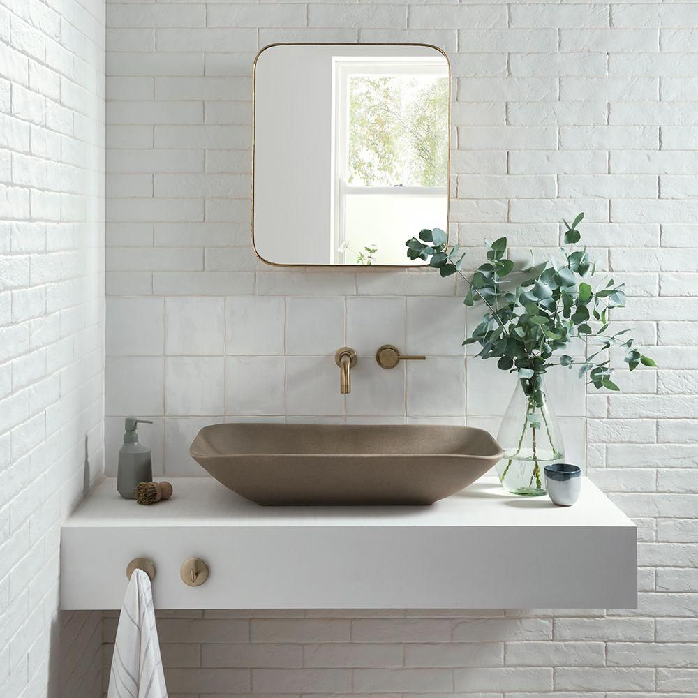 Beautiful Tile Ideas For Bathrooms That Are In Need Of An Update Ideal Home Bathroomtiles Simple Bathroom Decor Bathroom Decor Bathroom Interior Design Small bathroom ideas ideal home