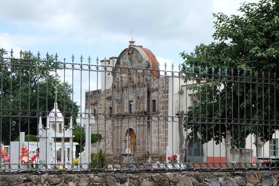 VISTA DE LA IGLESIA DE SAN JUAN EVANGELISTA O XOCHISTLAN, JALISCO FOTO DE ADRIANA GODELEVA