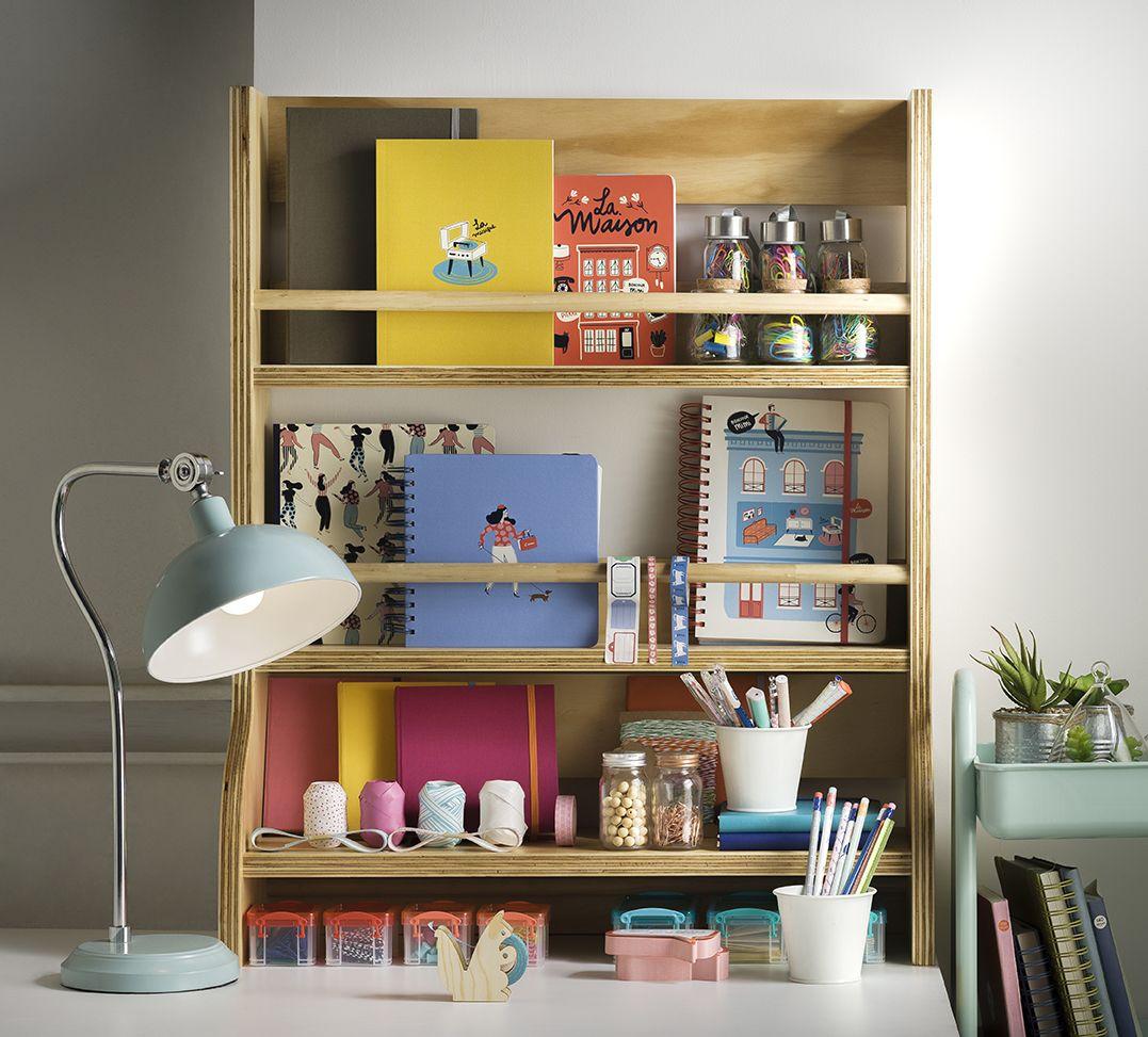 Si eres fanático de los escritorios y productos de papelería en Casaideas tenemos todo para tu espacio de trabajo o estudio. Otoño - Invierno 2016