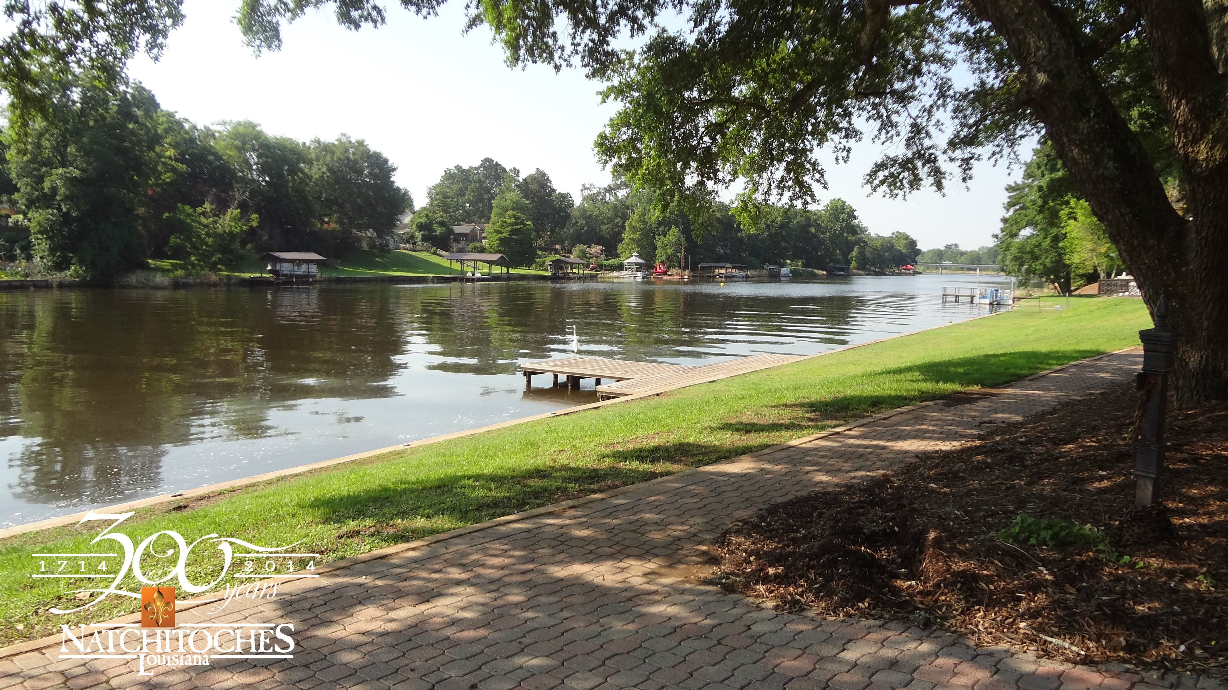 The Riverbank Of Cane River Lake Is The Perfect Place For A Romantic Picnic Romantic Picnics Oxbow Lake
