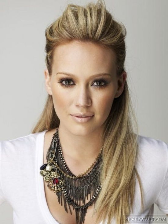Simple Hairstyle For A Night Out Hair Styles Hair Beauty Hillary Duff Hair