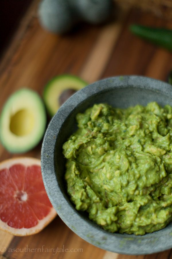 Pink Grapefruit Guacamole » A Southern Fairytale