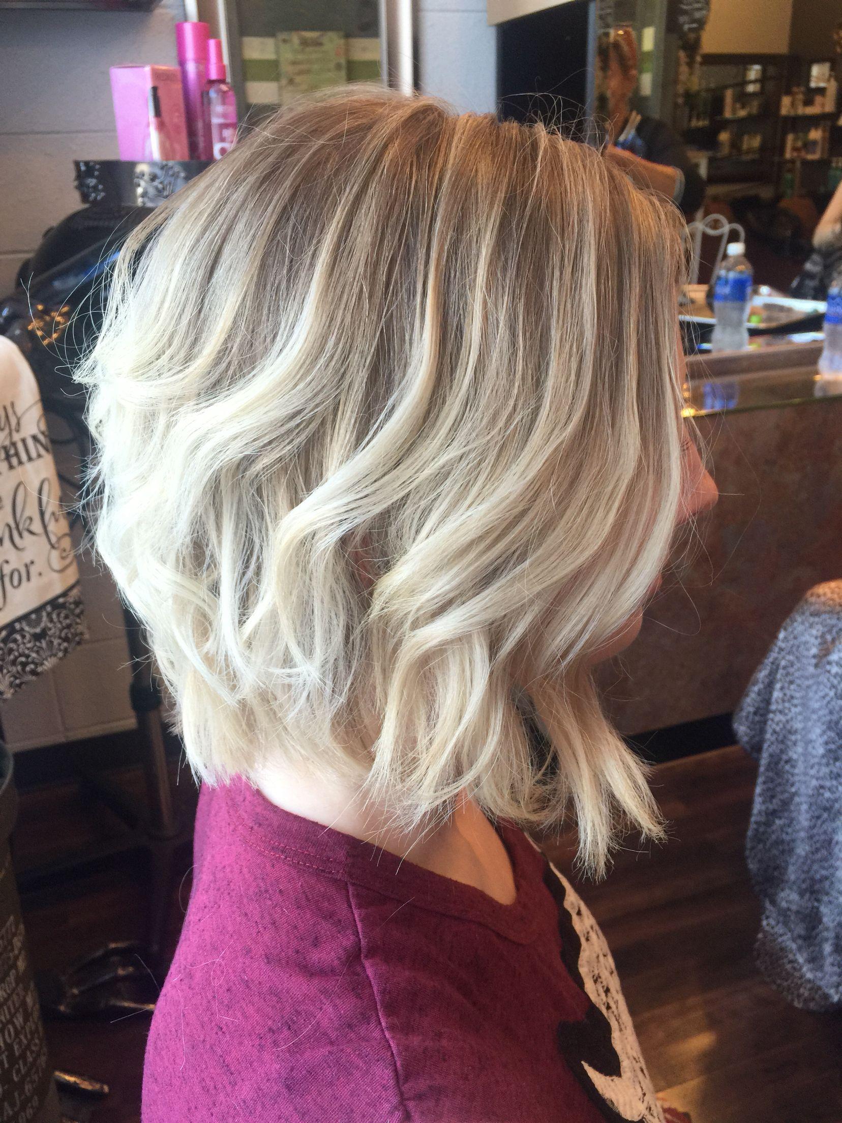 Short Hair Styles Platinum Blonde Bob Amanda Salon Argent