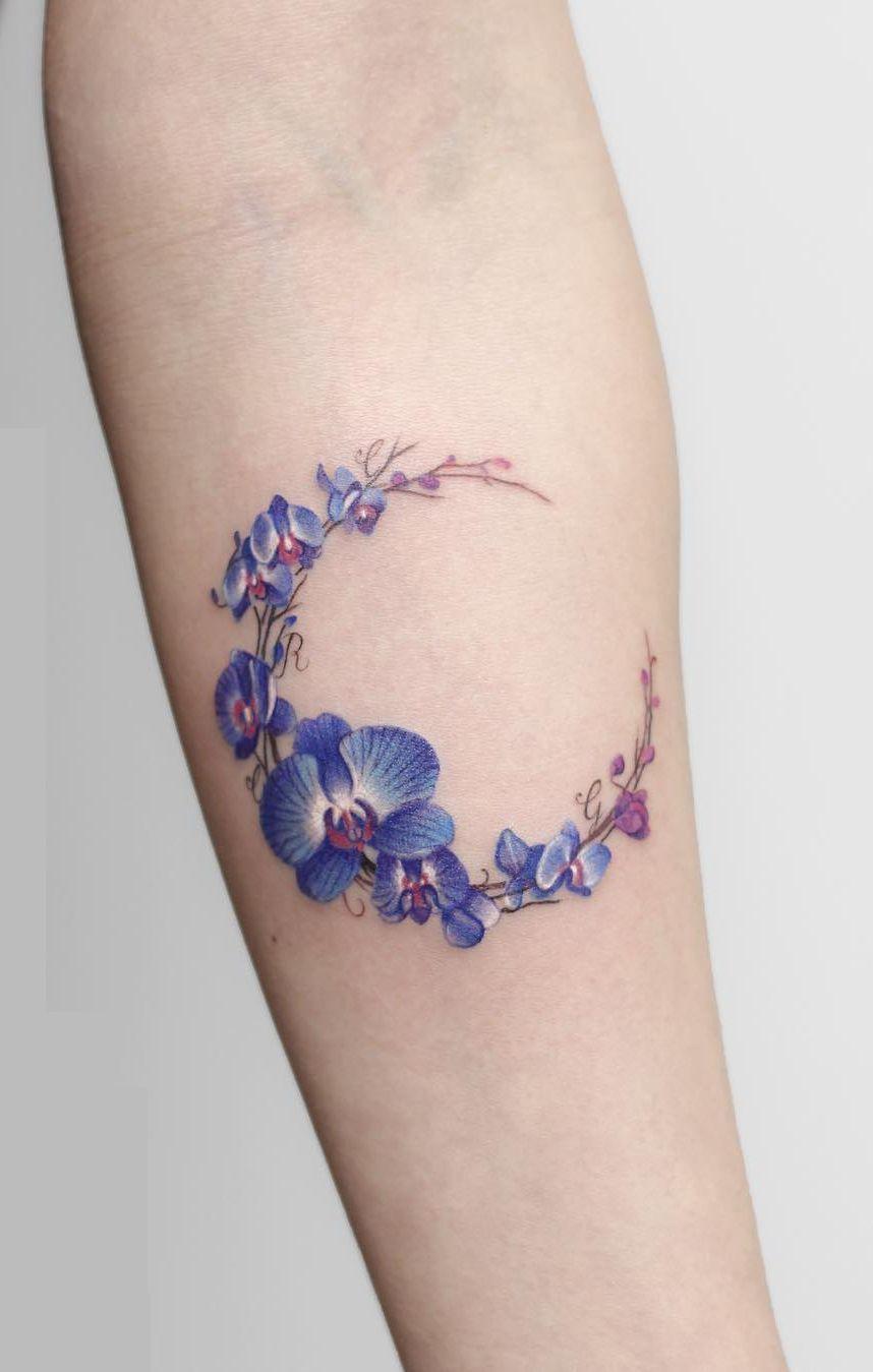 orchid moon tattoo © Deborach Genchi Beautiful tattoos