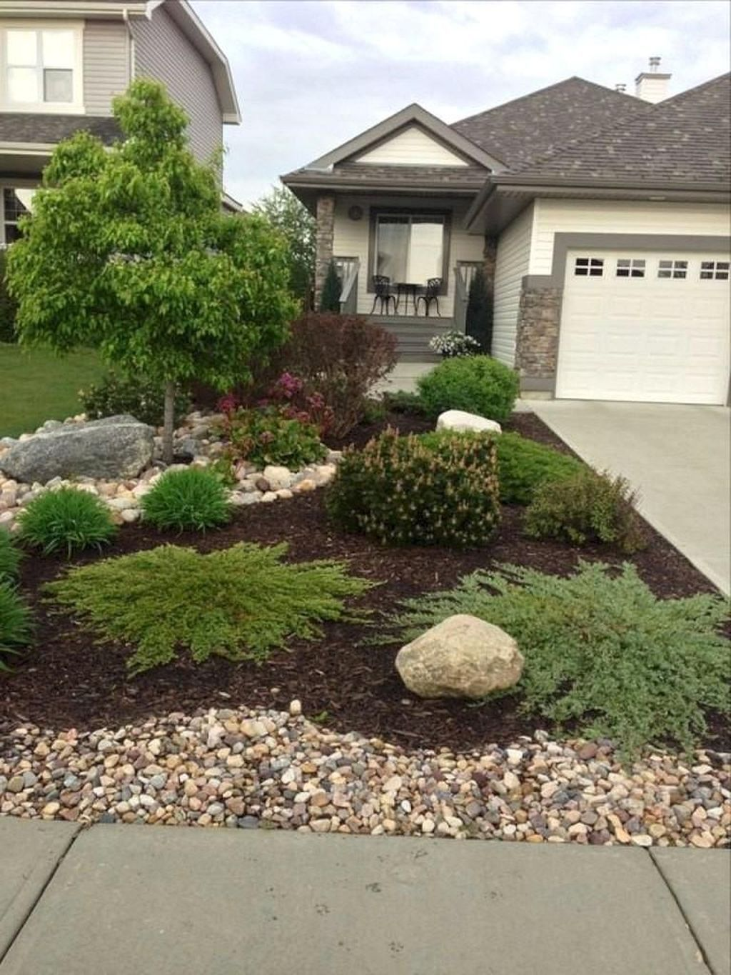 50 Cute Front Yard Courtyard Landscaping Ideas | Small ... on Luxury Front Yard Landscape id=44103