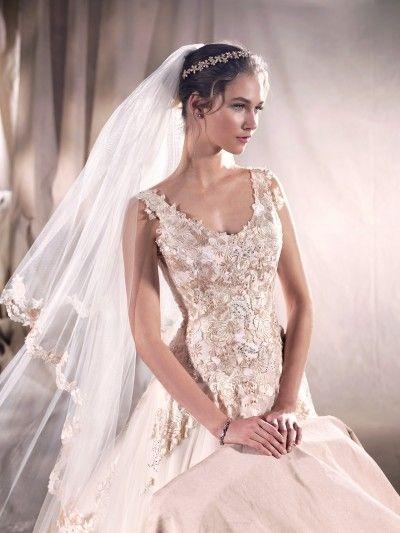 d79b0d98cb Pin by Gemma Muskett on Holly s Wedding- Inspiration