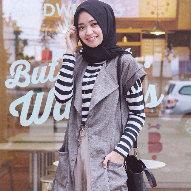 Cara Membuat Jilbab Menjadi Rompi Agustinnesia Com Gaya Hijab Model Pakaian Rompi