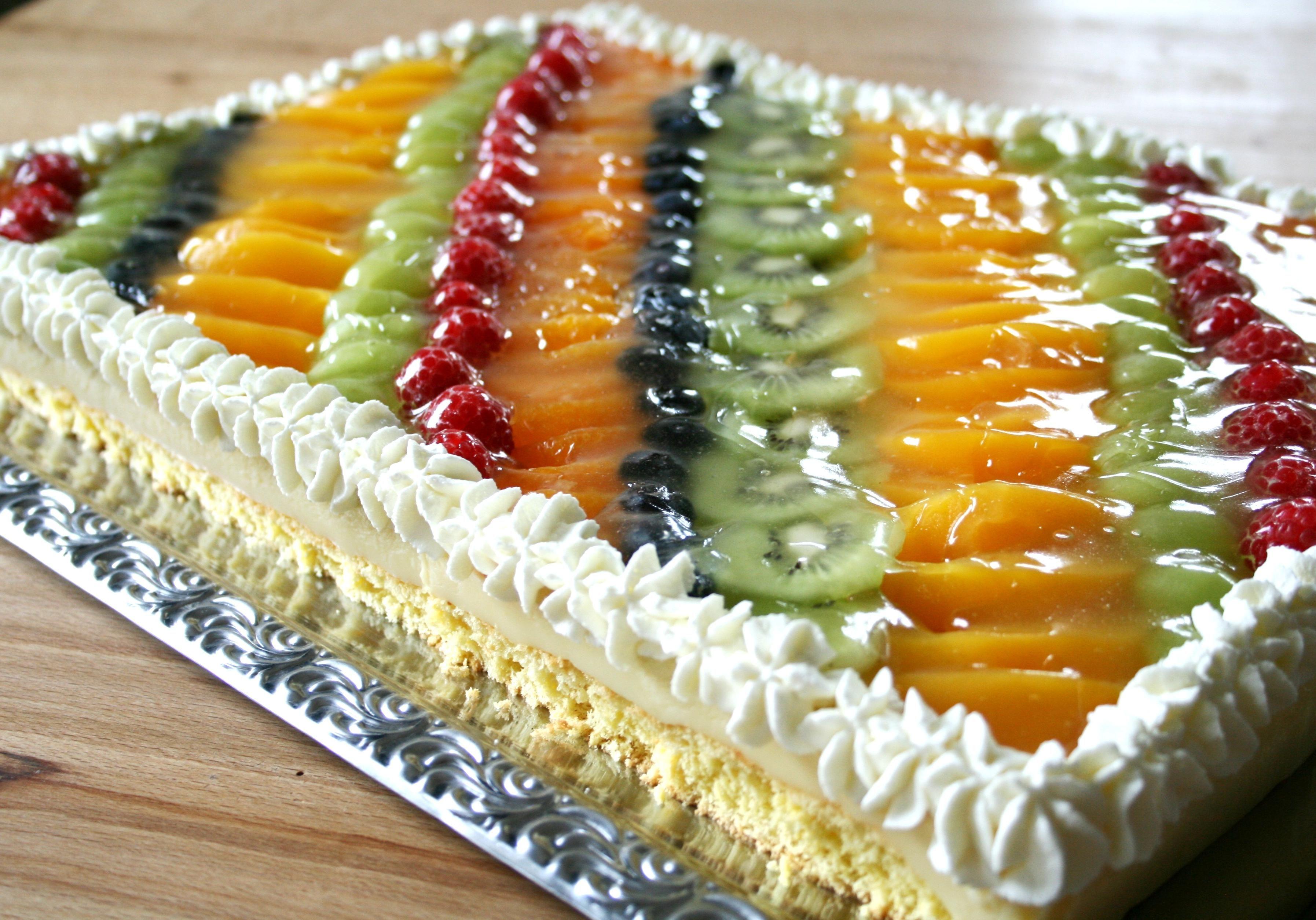 Obstkuchen mit Puddingfüllung auf dem Blech – Tanja`s glutenfreies Kochbuch