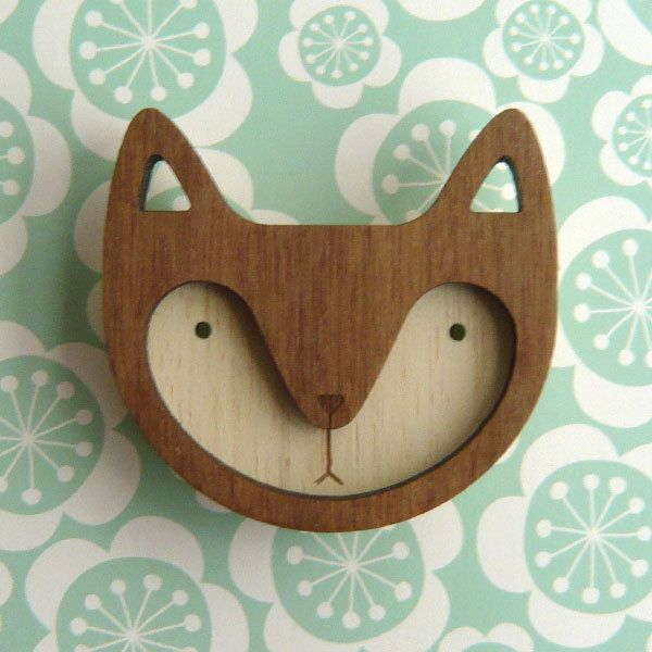 Walnut Wooden Fox Brooch.
