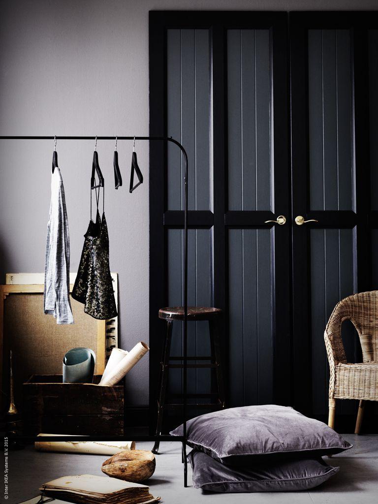 Skapa en lönndörr i sovrummet med HURDAL skjutdörrar. MULIG klädställning 1536bb8fa5af2