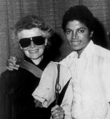 MJ and world famous actress Katharine Hepburn in her Manhattan home September 1981