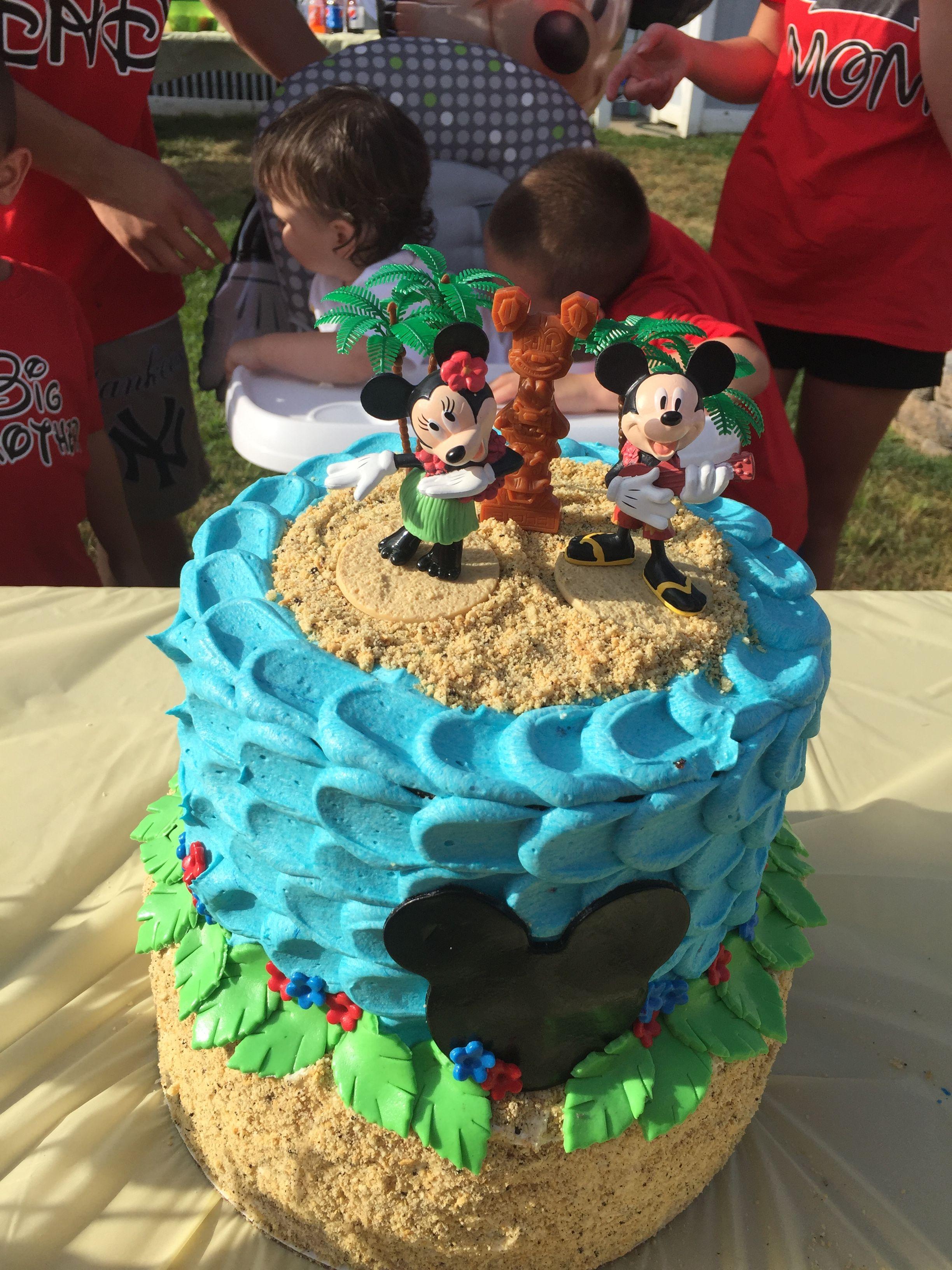 Mickey Luau Cake With Images Luau Birthday Party Beach